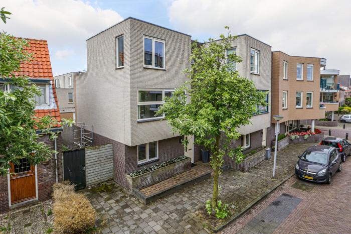 Beatrixstraat 2 A, Lisse - Chantal Lefeber Makelaardij